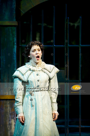 Skylight Les Miz Preview Selects 054